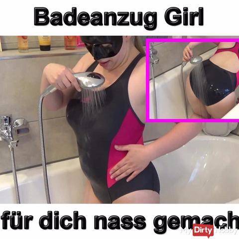 s*xy Badeanzug Girl nass gemacht
