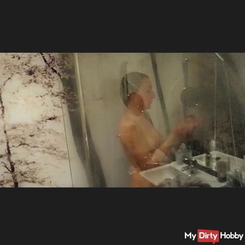 Heiße Dusche nachem s*x