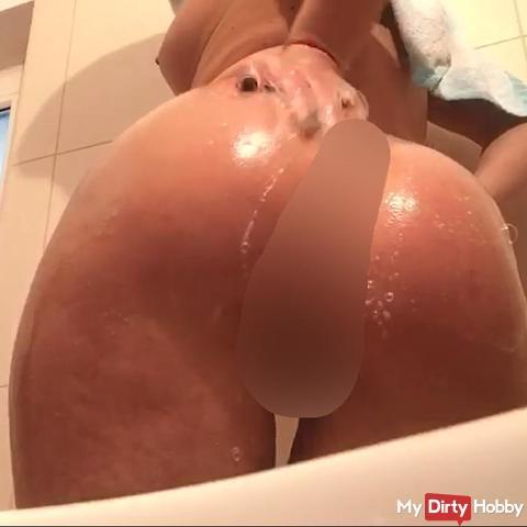 pin**ln in der Dusche! Nahaufnahme musc**  !