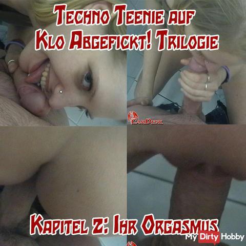 Techno Teenie on toilette Fucked! 2 v 3