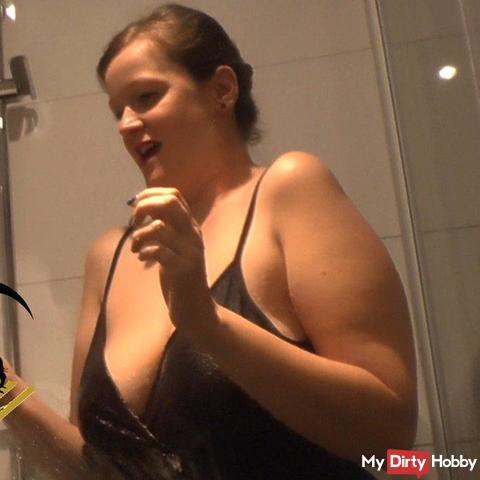 OMG! - What a big Cum***t