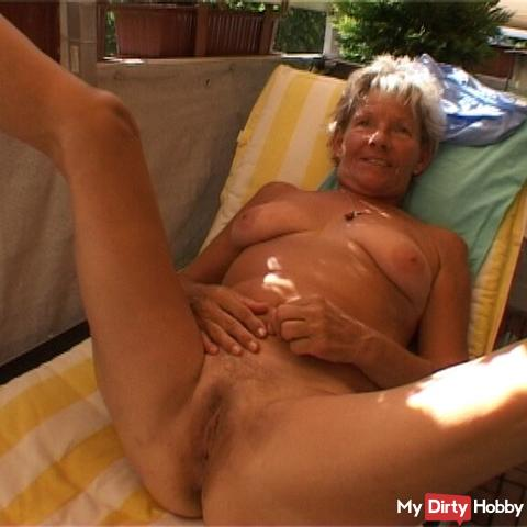 Naked on the sunbed