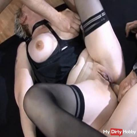 At the same time deep in ass and mouth fucked
