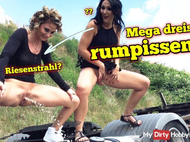 Mega brazenly rumpissen! Giant jet?