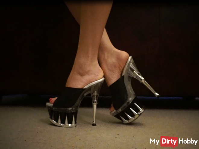 "Sexy and ""Dangerous"" 16 cm heels extremely pure pleasure"