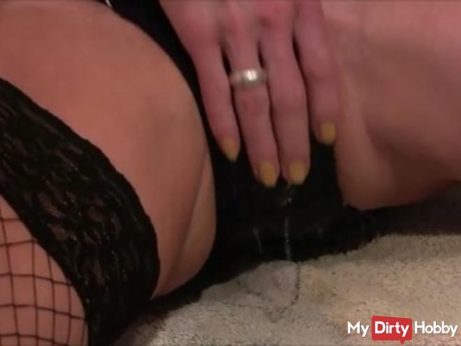 Pinkeln durch den Badeanzug - Sexualitt - med1
