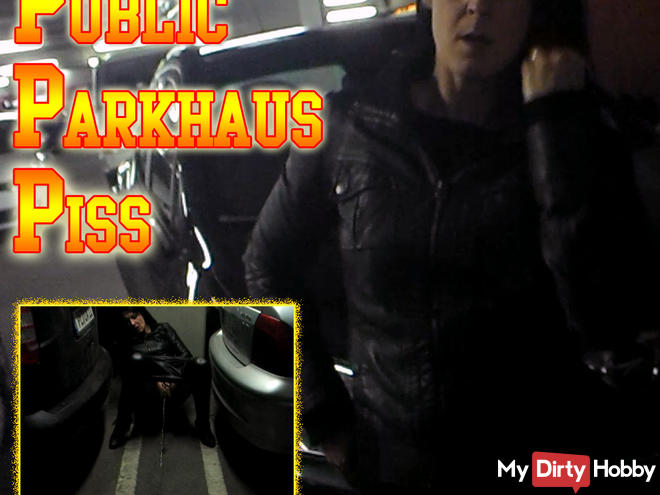 Krass! Outrageous Dreist - Public Piss in the car park !!!