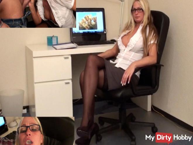 Sekretärin schluckt Mega Spermaladung!