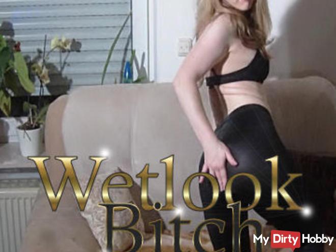 Wetlook Bitch - Hot & leggings SQUIRT!