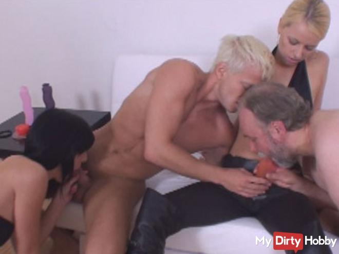 Perverse orgy !