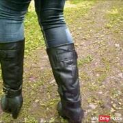 Outdoor pissed in boots and tight jeans