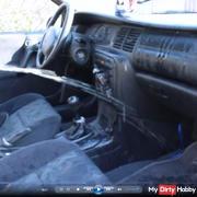 Ins Auto Gepi**t