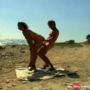 Horny trip to a public beach