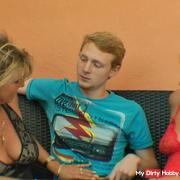 Geiler dreier mit Sohn einer Freundin