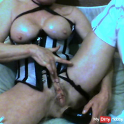 BIG NASTY BLACK DILDO ANAL AND BIG SQUIRT