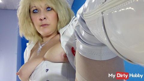 Nurse doing her first deepthroat try