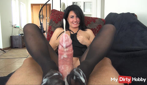 NEW VIDEO ONLINE! NYLON BITCH MEANS YOU 3 TIMES!