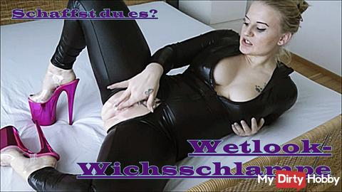 Wetlook jerk-bitch IS ONLINE