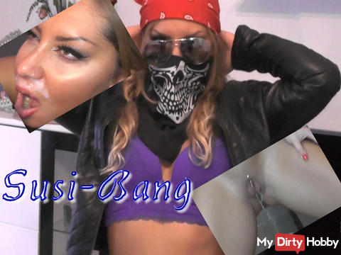 B(L)OCKBUSTER 8 Trilogie Beer Mug with the Fairy Tale Bell bald online....