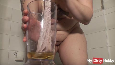 New pee video !!!!!!!