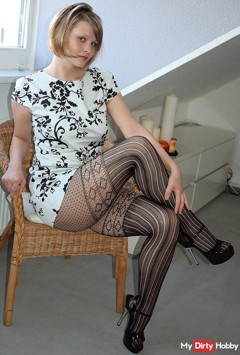 Pussy sweat soaked tights
