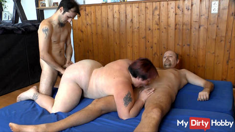 Two women blow and then fucked doggy