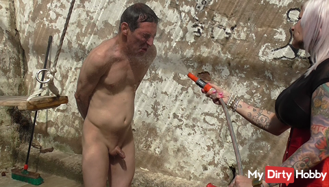 Slave extreme and ice cold hosed