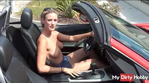 Topless dans la rue