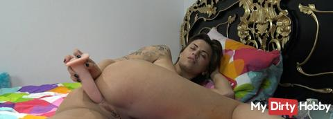 Anal in my bed
