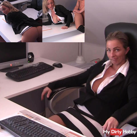 Fuck ! Trouble with boss in the office! Nylons fuck!