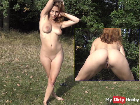 Very naked show the ass