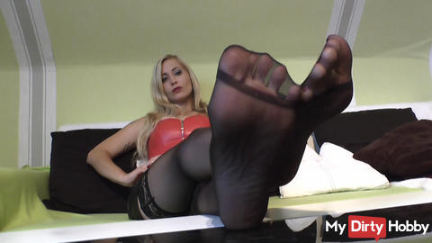 barefoot in nylons- POV