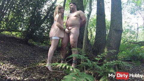 Outdoor Handjob - tied on the tree