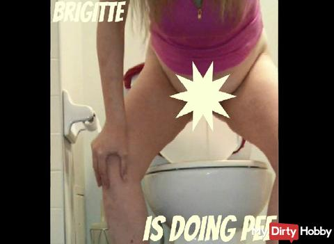 Brigitte morning pee