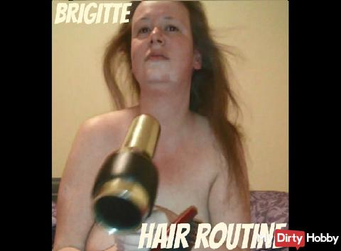 Brigitte is doing her hairs