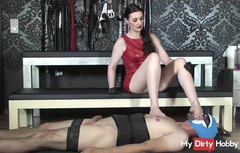Sweaty feet! Foot slave Training! Part 2