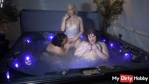 Pool session with two BBW s