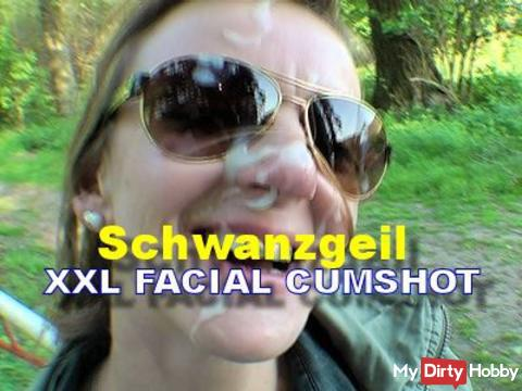 XXL Facial Cumshot – Outdoor
