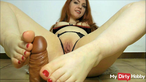 Redhead - Footjob complacent?